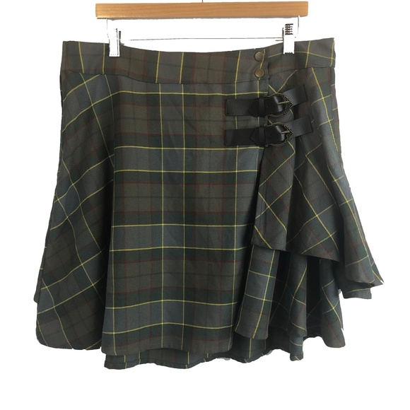 torrid Dresses & Skirts - Torrid Outlander Plaid Kilt Skirt Size 14 Claire